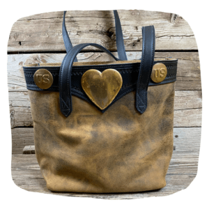 Bucket Bag Heart and Concho